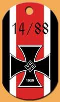 Les 2 chiffres de reconnaissance néo-nazis (88 = HH = Heil Hitler et 14 = les 14 mots du suprématiste blanc David Lane)