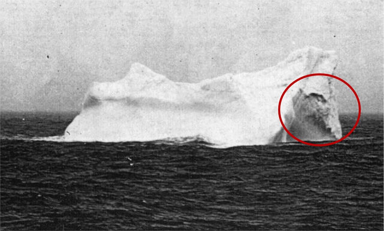 Qui sont les responsables du naufrage ? - Page 4 Titanic-iceberg