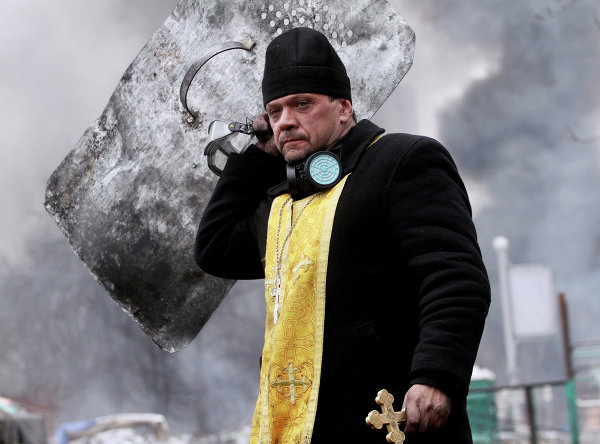 Fin de l'Ukraine - Page 2 Violence-kiev-296